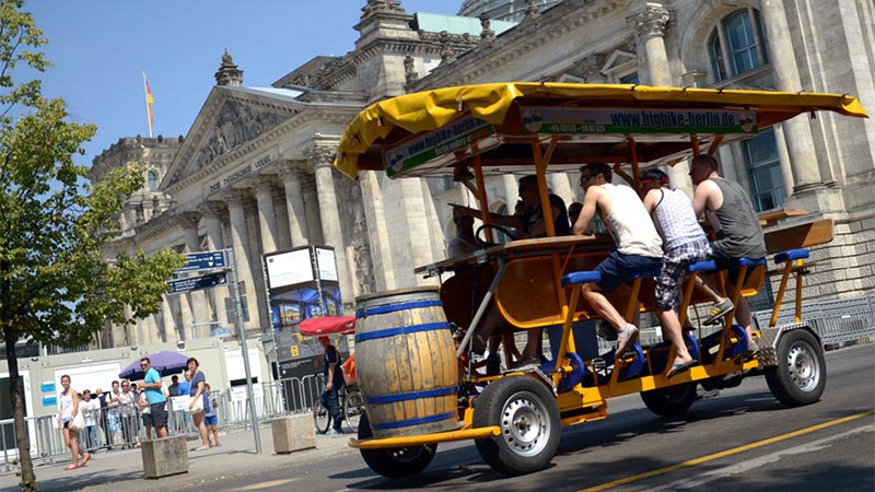 Beer Bike Tour i Berlin