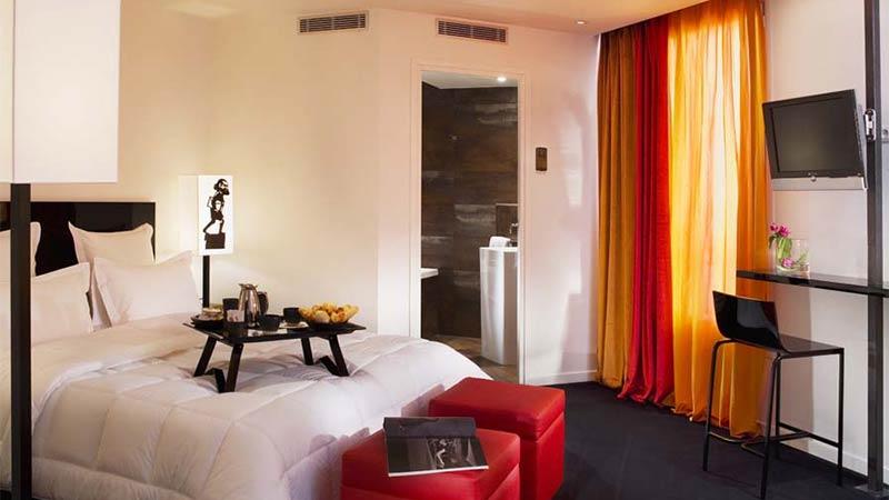 Le Chat Noir Design Hotel Paris
