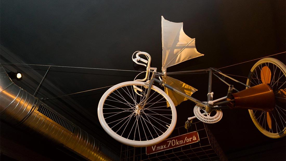 Flygende sykkel på Distrikt 42 i Bucuresti