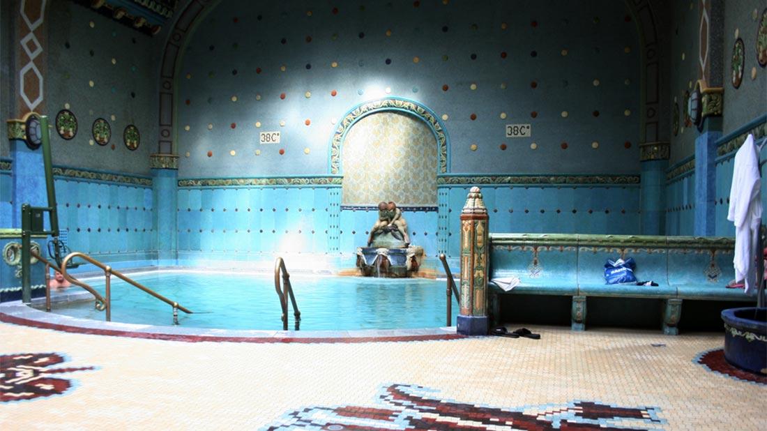Gellért-badet fikk vi ikke besøkt, men det ser fint ut på bilder.
