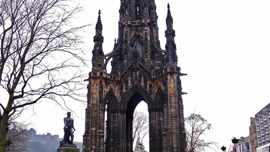 Scott Monument i Edinburgh