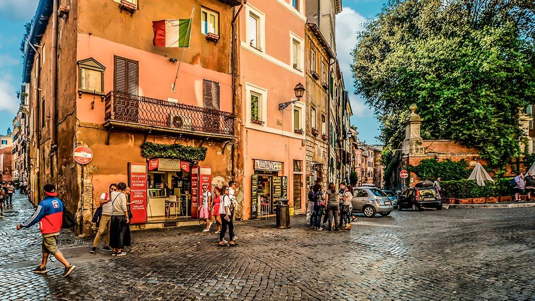 Pizza Trilussa på Piazza Trilussa i Trastevere i Roma