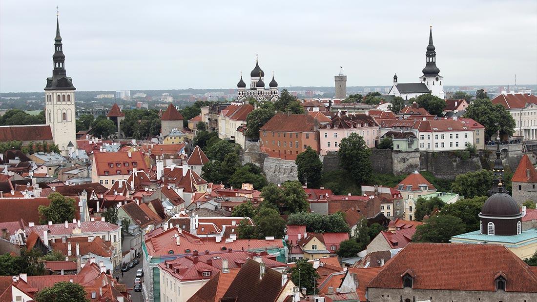 Utsikt fra St. Olavskirken i Tallinn