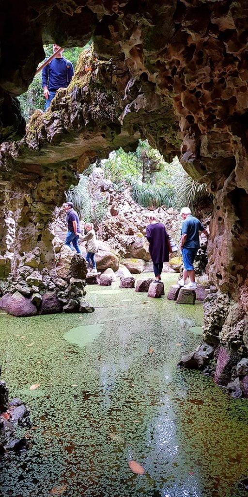 Morsomme steinformasjoner i Quinta da Regaleira