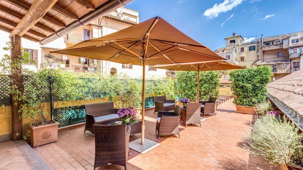 Terrassen hos Hotel Santa Maria i Roma